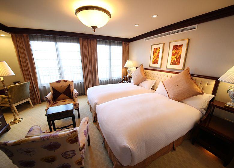 Plaza Suite Room